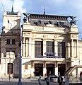 Brno - Hlavní nádraží průčelí hlavní budovy.jpg