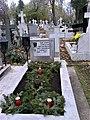 Bucuresti, Romania. Cimitirul Bellu Catolic. Mormantul Compozitorului Dan Iagnov (24 Nov. 2018) (3).jpg