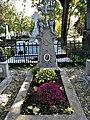 Bucuresti, Romania. Cimitirul Bellu Catolic. Unul din cele 7 morminte care fac minuni. Mormantul lui Fr. Egesius.jpg