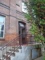 Budynek administracyjny, schody.JPG
