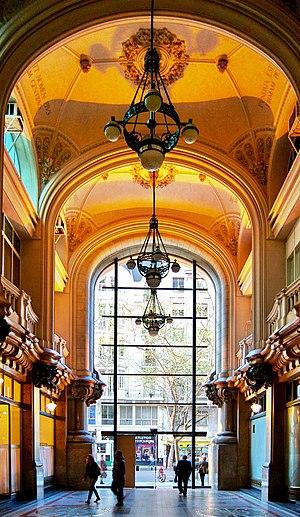 Palacio Barolo - Image: Buenos Aires Palacio Barolo Hall principal