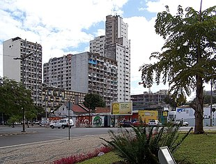 Buildings in Maputo.jpg