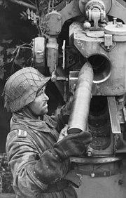 Bundesarchiv Bild 101I-496-3491-36, Frankreich, Flak-Geschütz
