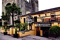Bunratty - Durty Nelly's Pub and Bunratty Castle - geograph.org.uk - 1632251.jpg