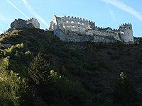 Burgruine Lichtenberg unten.jpg