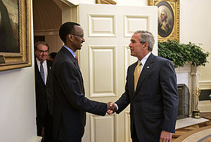 President George W. Bush welcomes President Pa...