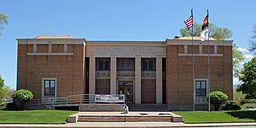 Cañon City Municipal Building.JPG