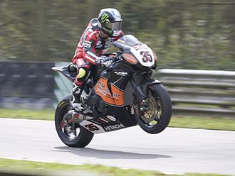 Cal Crutchlow - Crutchlow riding for Honda in the 2008 British Superbike Championship