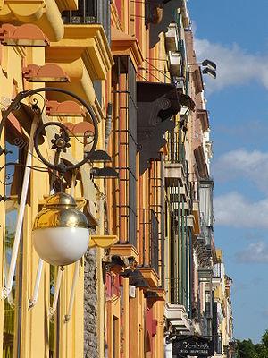 Calle San Fernando, Sevilla, España