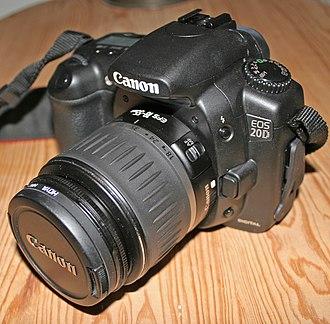 Canon EOS 20D - Image: Canon EOS 20D front