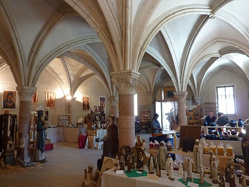 Capitulaire hall of Saint-Philibert de Tournus (9)
