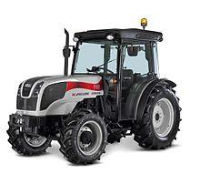 Carraro (azienda) settore agricolo 220px-Carraro_Agricube_Tractor