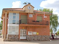 Casa consistorial Bretocino.jpg