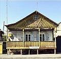 Casa tradicional rusa en Sevan.jpg