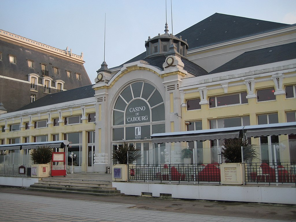 Casino Cabourg.JPG