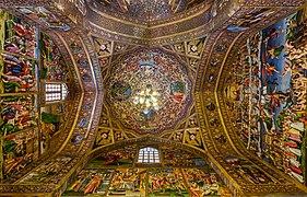 Catedral Vank, Isfahán, Irán, 2016-09-20, DD 118-120 HDR.jpg