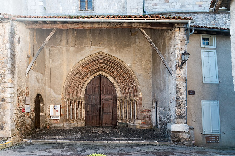 Gothic portal of the former cathedral St. Lizier, WVIth century.