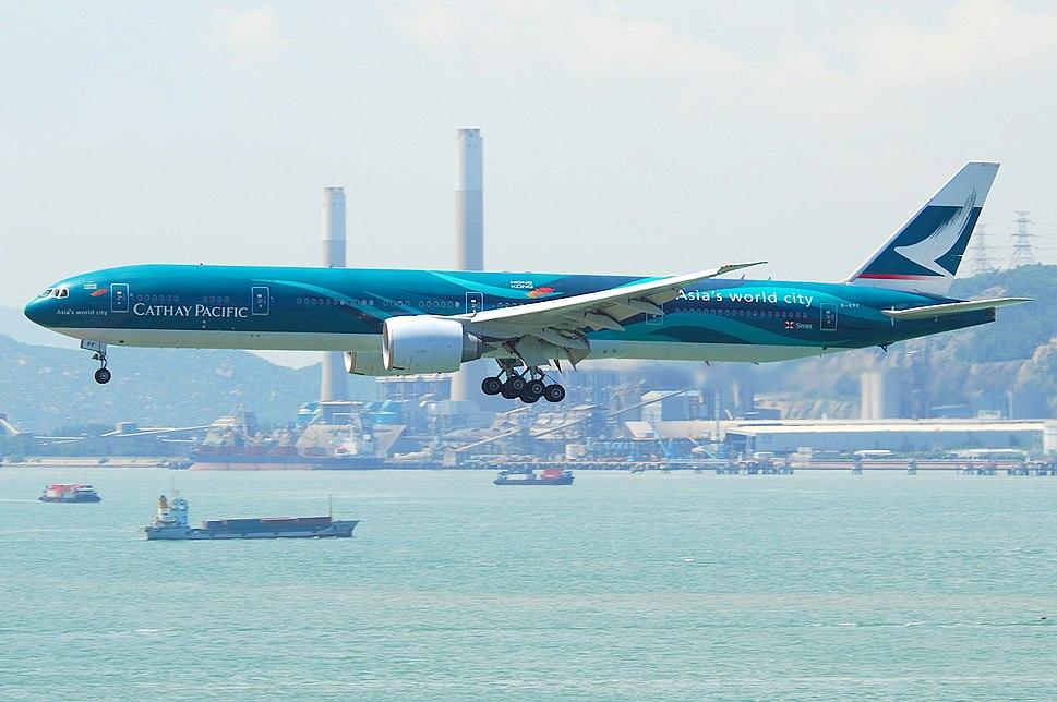 Cathay Pacific Boeing 777-300ER; B-KPF@HKG;31.07.2011 614oq (6053398096)