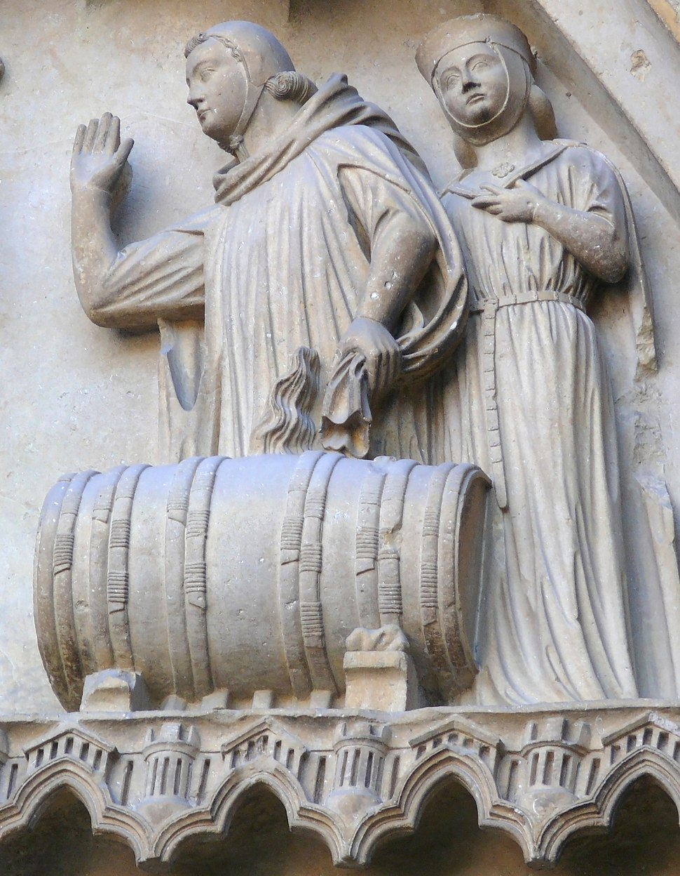 Cathedral Reims barrel sculpture