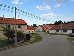 Center of Biskupice, view from bridge, Třebíč District.JPG