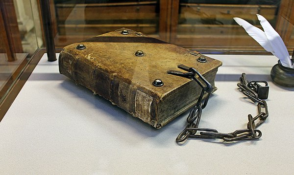 Chained Bible, Hornby Library.jpg