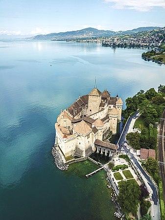 Chateau Chillon.jpg