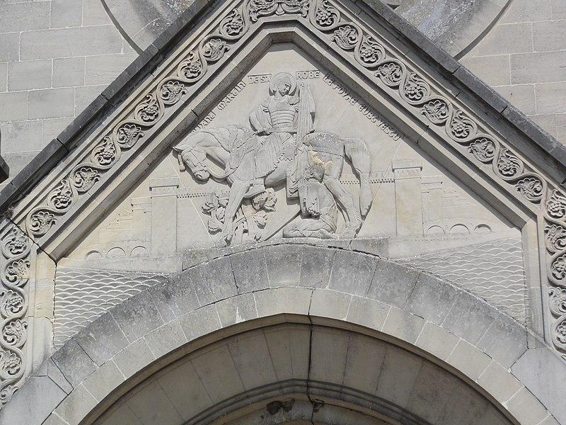 Chauny (Aisne) église Saint-Martin relief St Martin