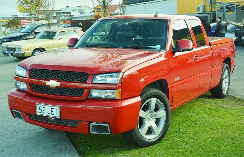 File:Chevrolet Silverado SS (14203022268).jpg