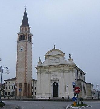 Loreggia - Parish church.