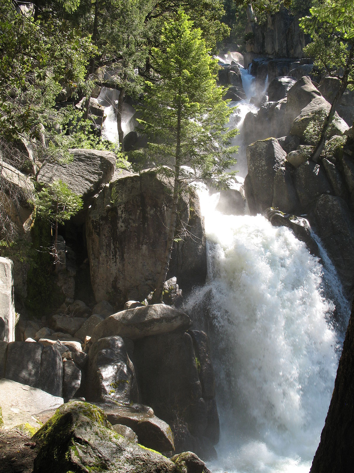 Chilnualna Falls - Wikipedia