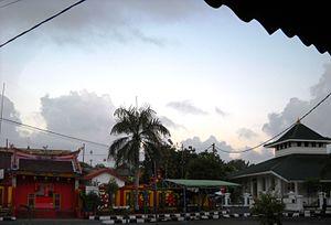 Muntok - Kongfuk Temple and Jami Mosque, two icons of Muntok.