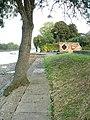 Chiswick Staithe towards Kew Bridge - geograph.org.uk - 95480.jpg
