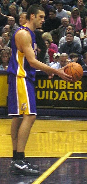 Chris Mihm - Mihm with the Lakers in 2005