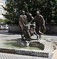 Citizens of Szombathely, Statue by Tamás Körösényi.jpg