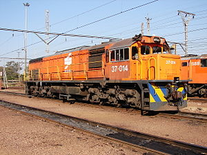 South African Class 37-000 - No. 37-014 at Capital Park, Pretoria, 16 May 2013