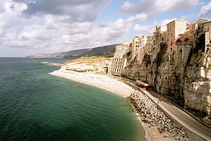 Calabria - Cliff at Tropea