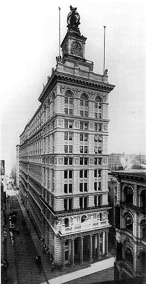 Former New York Life Insurance Company Building - Image: Clock Tower Building