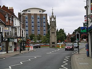 Clock tower in The Square at Kenilworth, Warwickshire, England.jpg