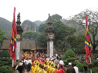 Hoa Lư - Festival at the temple of Đinh Tiên Hoàng