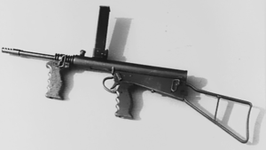 Owen Gun - A photograph of the final design, completed Owen machine carbine gun