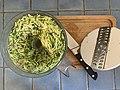 Confinement 2020 - préparation d'une quiche provençale (004).jpg