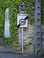 Courlon-sur-Yonne-FR-89-rue-06.JPG