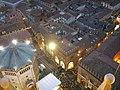 Cremona, vista dal torrazzo 04 piazza del duomo.JPG