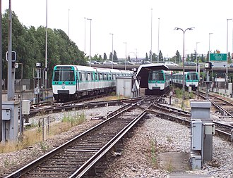 Paris Métro Line 8 - Open-air tracks at the new Créteil – Préfecture terminus