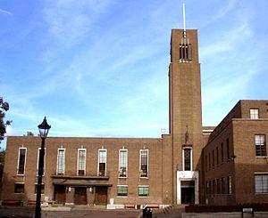 Reginald Uren - Hornsey Town Hall, 1933: Uren's first major commission