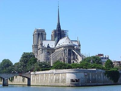 DSC00733 Notre Dame Paris from east