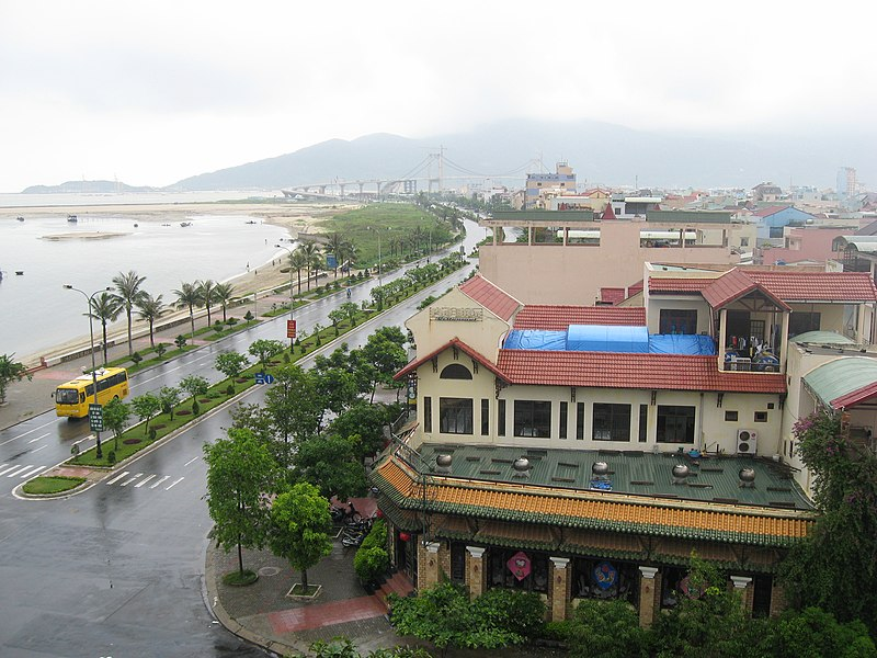 Tập tin:Da Nang North Beach vista.JPG