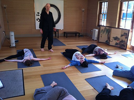 Daizan Roshi teaching Zen yoga