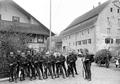 Die Wachtmannschaft des Grenzpostens Beggingen - CH-BAR - 3240973.tif