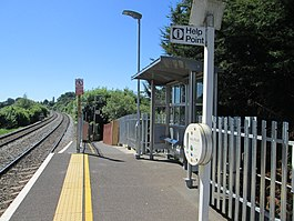 Dilton Marsh new platform and shelter.jpg